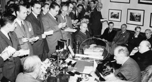 Basket (circled) on president's desk at press conference with British Prime Minister Winston Churchill, Dec. 23, 1941. Photo credit: AP