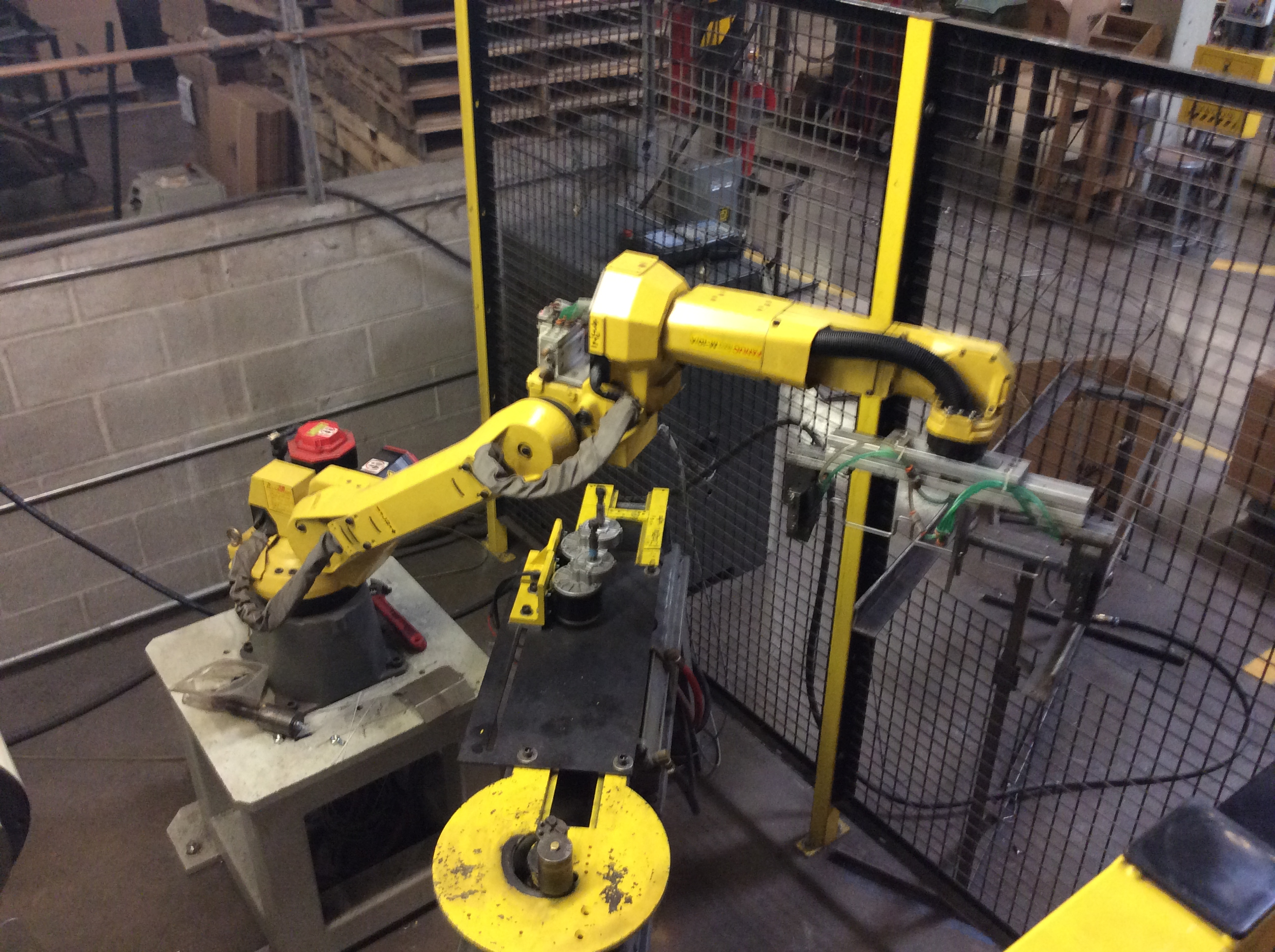 The Role of Robotics and Cobotics in Manufacturing
