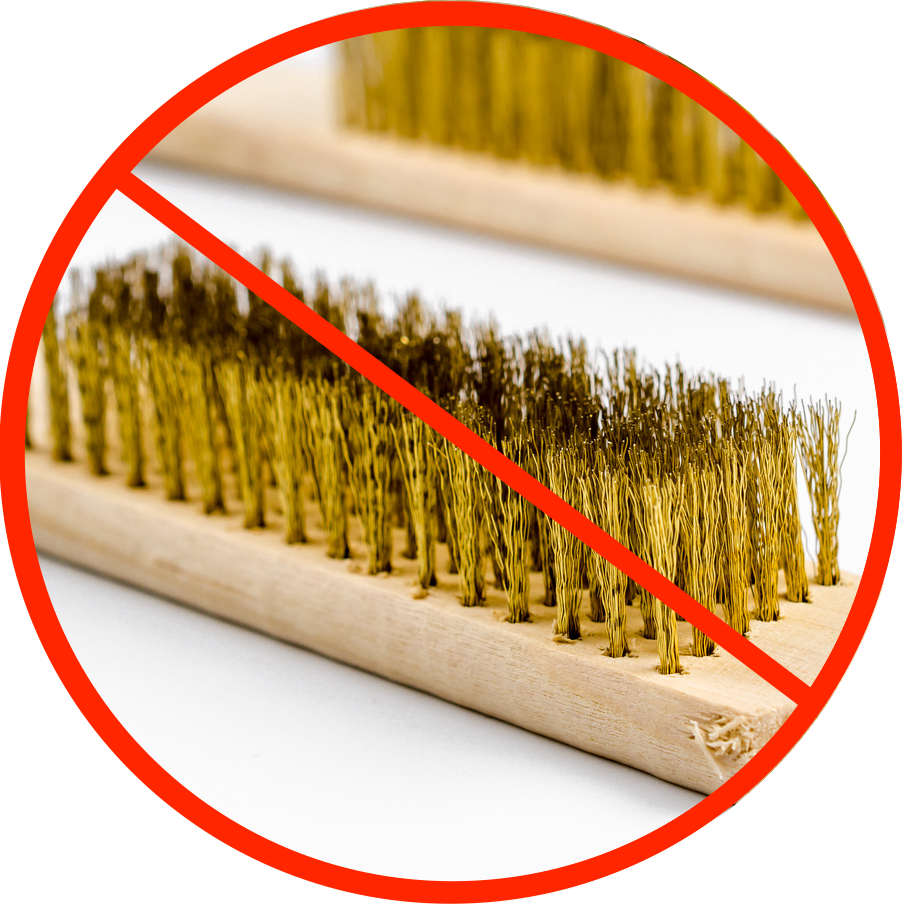 Просто скажите «нет», чтобы использовать щетки для чистки металла на нержавеющей стали.