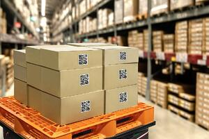 Shipping-Boxes-in-Warehouse