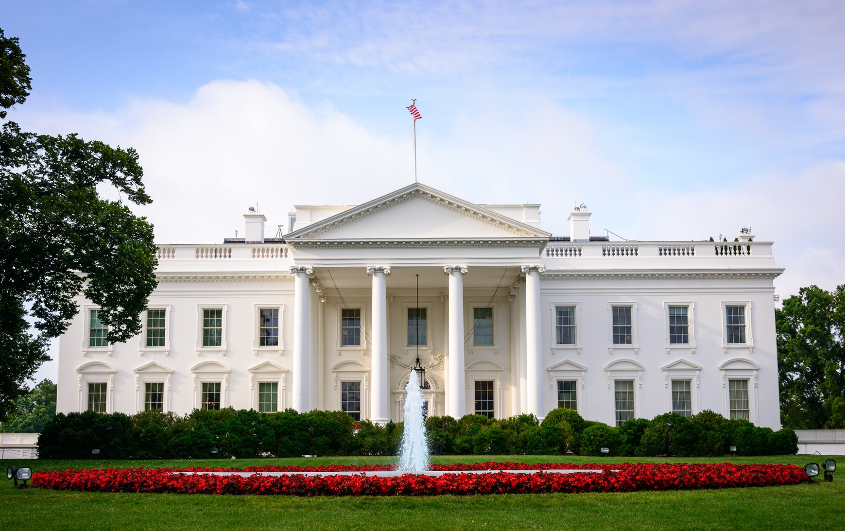 Drew Greenblatt was invited to the White House to speak with the President as the NAM Chair of Small to Midsize Manufacturers.